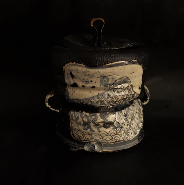 Hikidashi-guro Water Container by Aaron Scythe